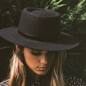 Lack of Color The Velveteen boater hat